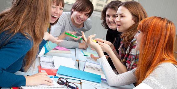занятия английским для подростков